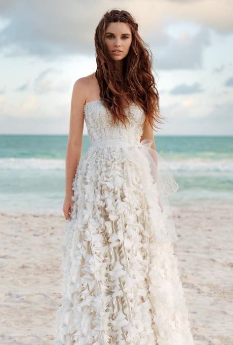 Vestido de novia en la playa