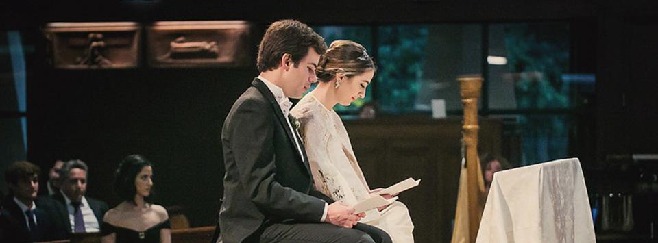 Matrimonio Leyendo La Biblia : Lecturas para la boda por iglesia el de una novia