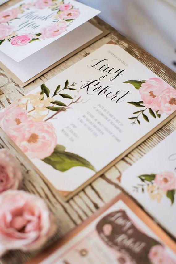 Invitacion de boda con flores en tono rosa