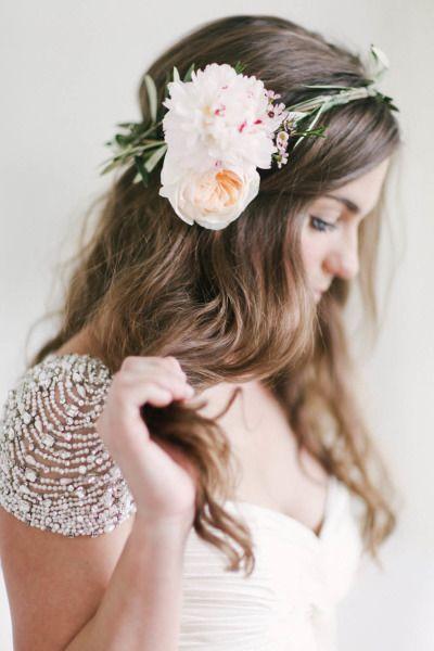 Peinado de Novia con Flor grande
