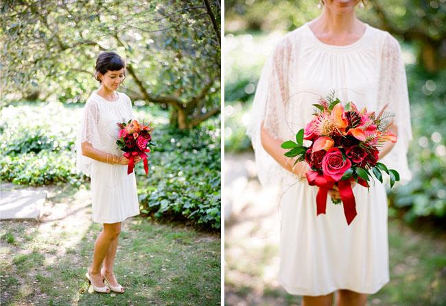 Vestido de novia corto suelto