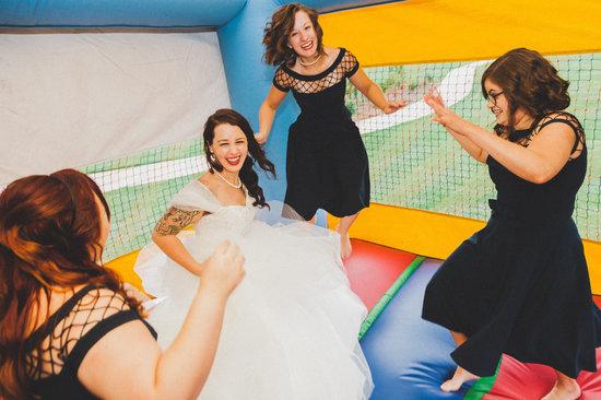 Brincolin en la boda para los invitados