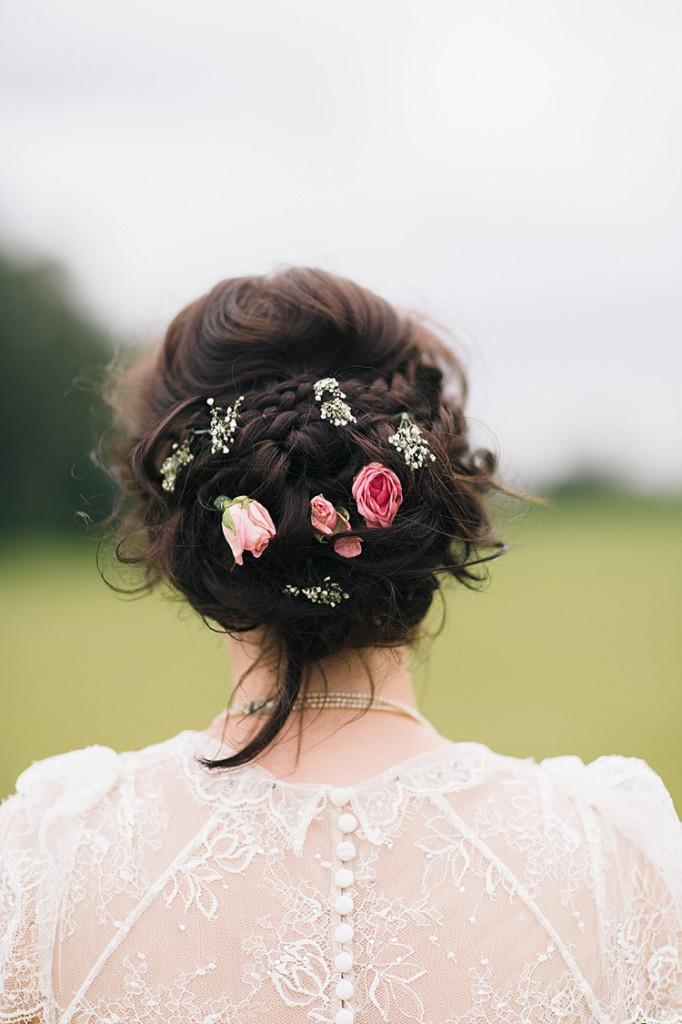 Recogido de Novia con trenza y Flores