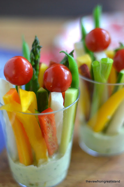 Botana de Verduras con aderezo para los invitados de la Boda
