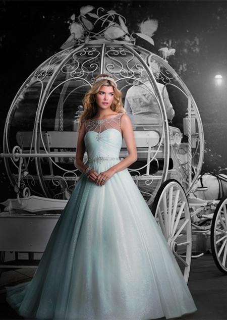 Vestido de Novia Disney por Alfred Angelo modelo Cinderella 2015-