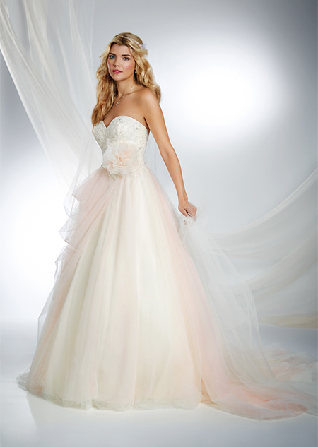 Vestido de Novia Disney por Alfred Angelo modelo Sleeping Beauty 2015