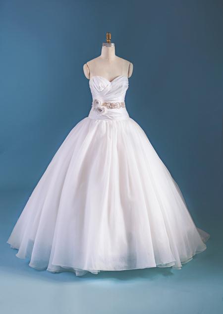 Vestido de Novia Disney por Alfred Angelo modelo Snow White 2015-