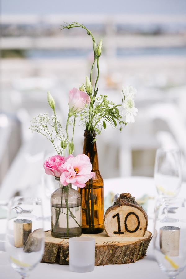Numeros en madera para las mesas de la Boda