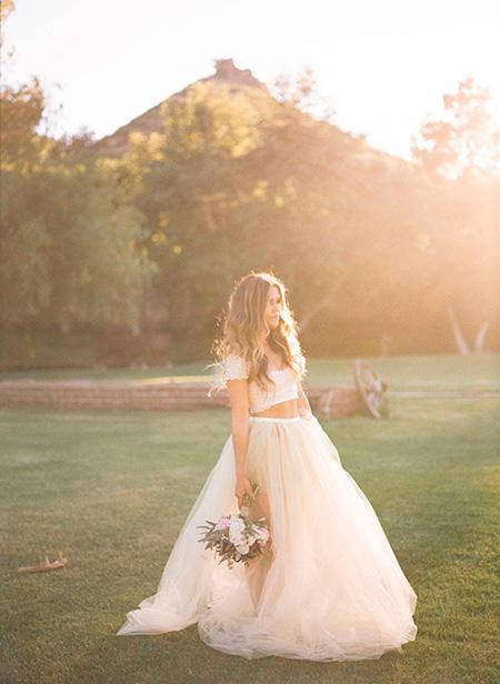 Vestido de novia en dos piezas separadas