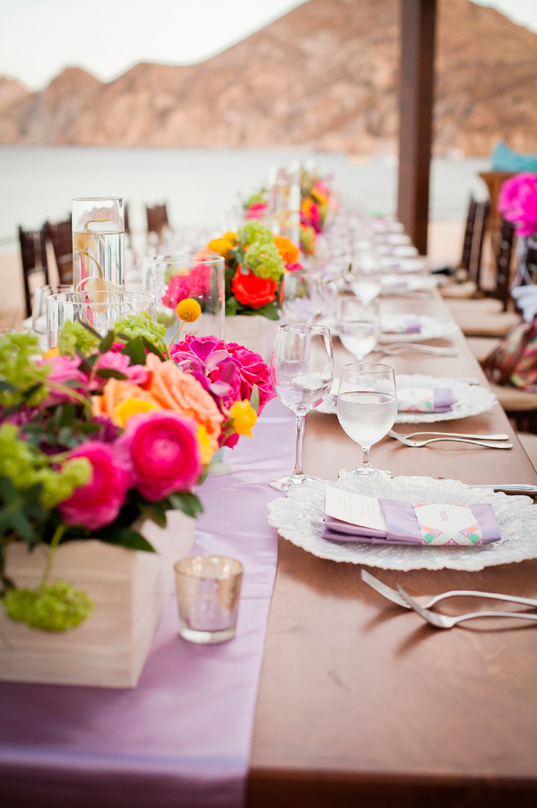 Boda estilo mexicano - Centros de mesa coloridos