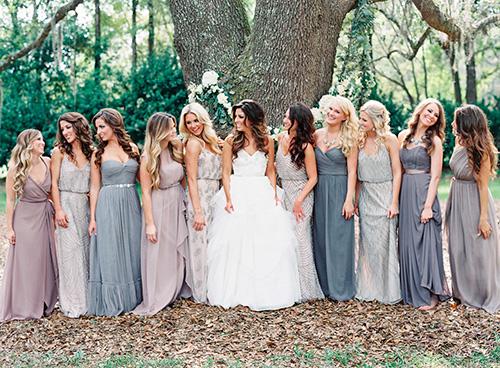 Vestidos de damas diferentes colores y diseños
