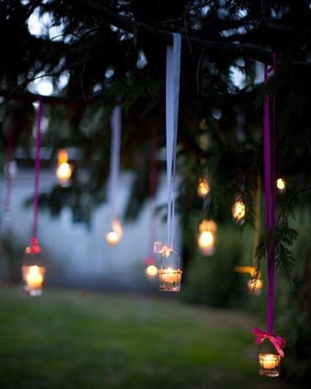 Decoración para la boda: Velas colgando con listón