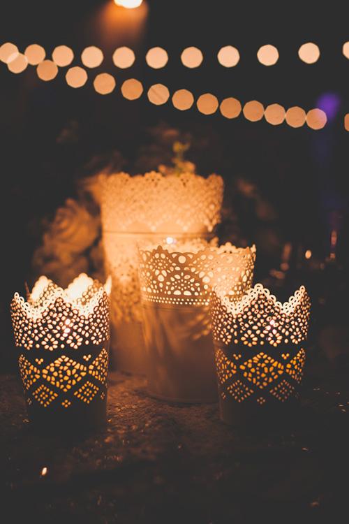 Linternas con velas para la decoración de la boda
