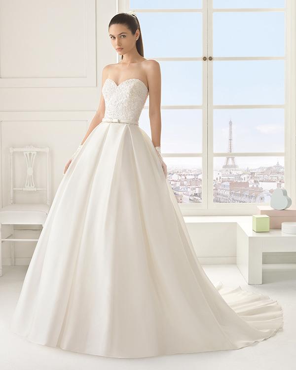 Vestido de Novia estilo princesa de Rosa Clará