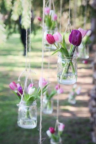 Decoraciones de Tulipanes en envases de vidrio
