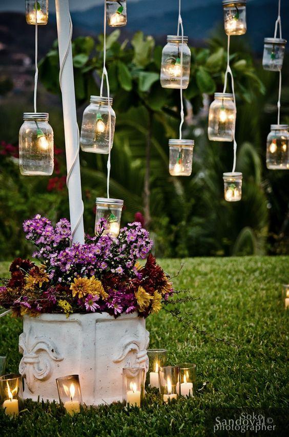 Iluminación con frascos colgantes