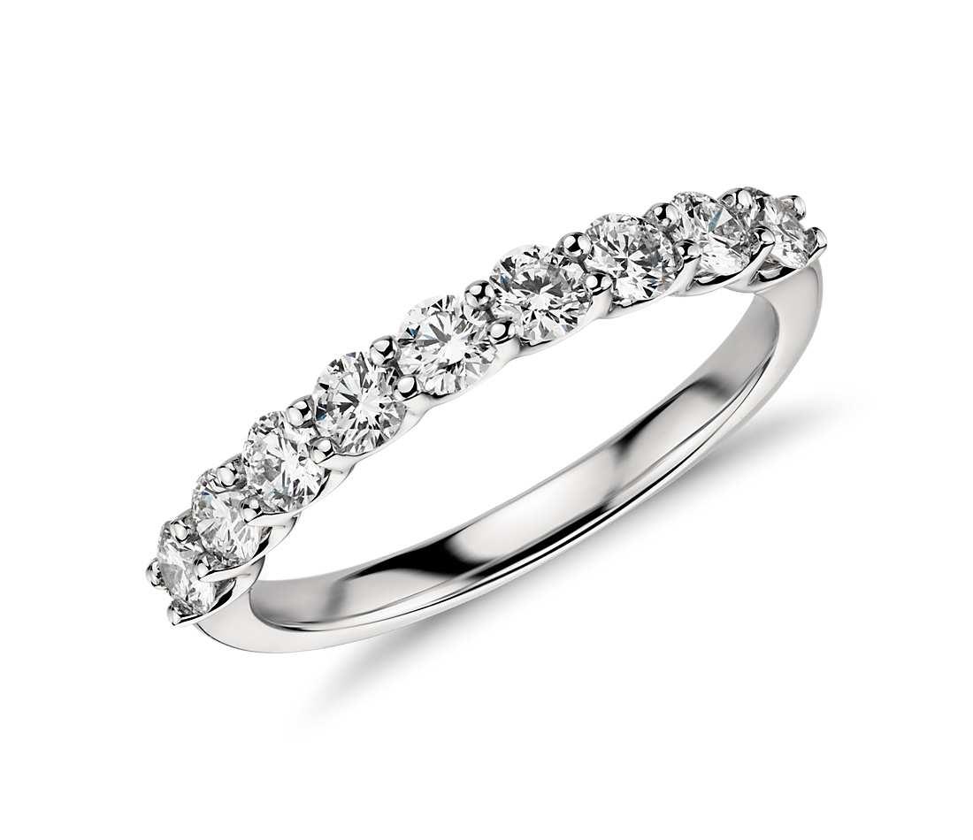 Argolla de matrimonio con diamantes