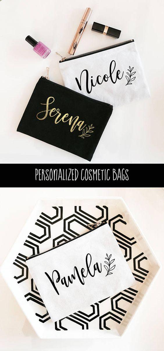 Cosmetiqueras personalizadas para invitadas despedida de soltera o damas de honor