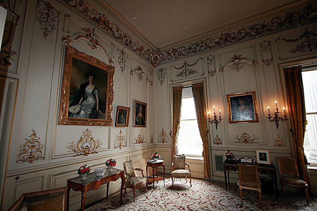 salon boudoir