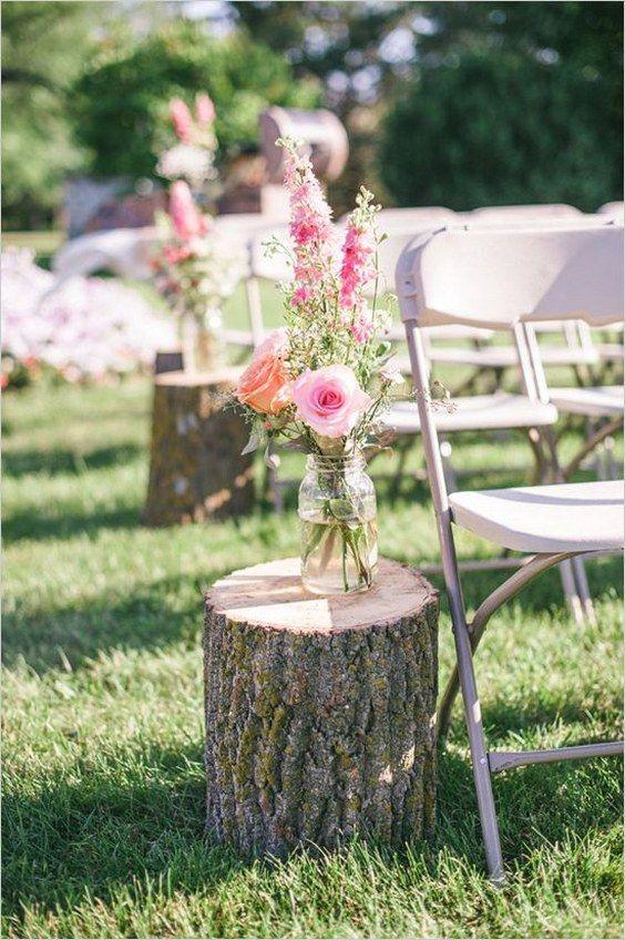 Detalles de flores en una boda rústica