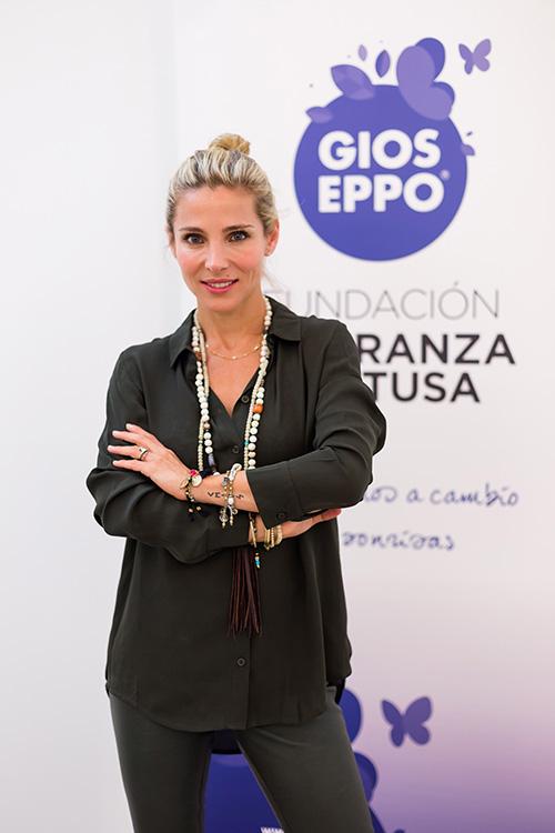 Elsa Pataky - Pulseras Solidarias