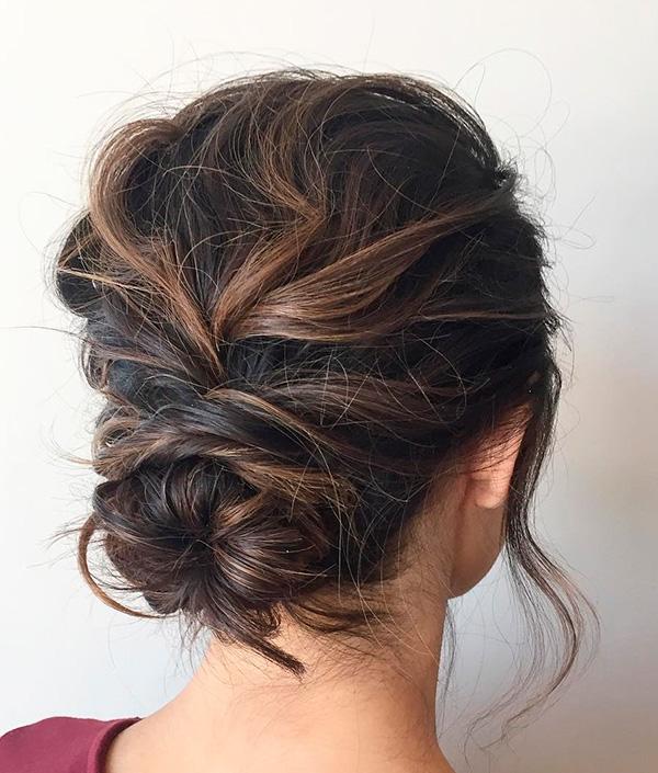 Peinado con cabello recogido